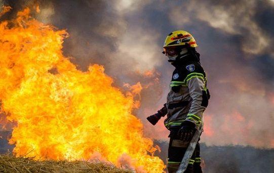Las autoridades chilenas indicaron que más de 30 incendos siguen activos.