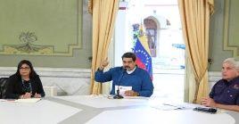 """El mandatario venezolano destacó que el Donald Trump jamás ha ayudado a nadie, sino que """"manda cohetes y misiles y le quita el dinero a los demás""""."""