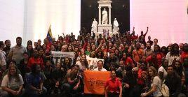 Los jóvenes buscan generar una plataforma en solidaridad permanente con la Revolución Bolivariana a nivel mundial.