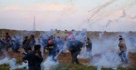 Medios locales reseñaron que las fuerzas de ocupación atacaron con bombas lacrimógenas un punto de atención médica al este de Al-Boreij.
