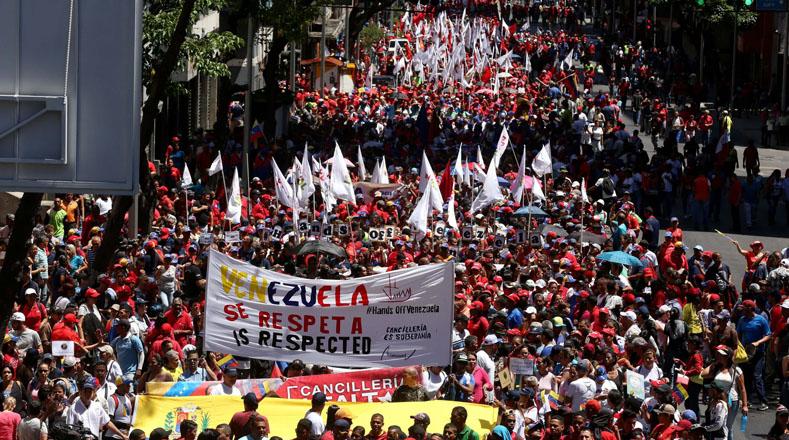 Desde las 09H00 (hora local) comenzó la movilización convocada por el Gobierno bolivariano en rechazo al intento de golpe de Estado que impulsan el presidente estadounidense Donald Trump y sectores de la oposición venezolana.