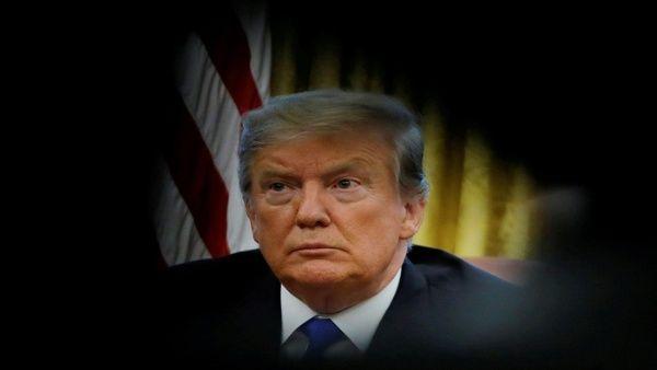 Sigue en picada la popularidad de Trump en EE.UU., según encuestas.