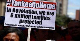 Venezolanos se han mantenido en protesta contra la injerencia estadounidense.