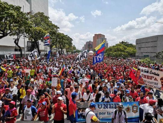 Movilización antimperialista en Venezuela para respaldar a Maduro
