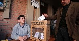 La fecha de los comicios se realizarán una semana antes de las elecciones a celebrarse en Argentina y Chile.
