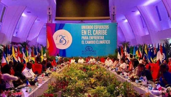 La vicepresidenta de Nicaragua, Rosario Murillo, dio la bienvenida a los delegados a la VIII Cumbre de la Asociación de Estados del Caribe.