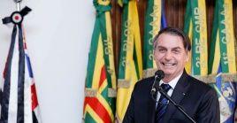 Una jueza prohibió al presidente brasileño Jair Bolsonaro celebrar el golpe militar de 1964.