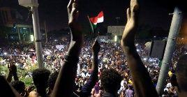 Según los responsables sudaneses, desde el comienzo de las protestas en total, 60 personas han muerto en los choques entre la policía y los manifestantes del país.