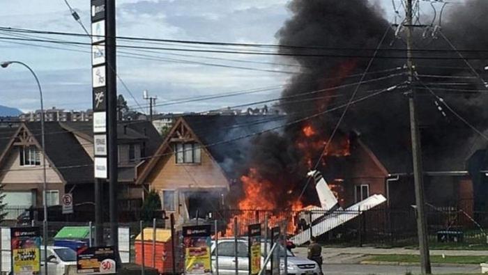 Avioneta se estrelló contra dos casas en Chile