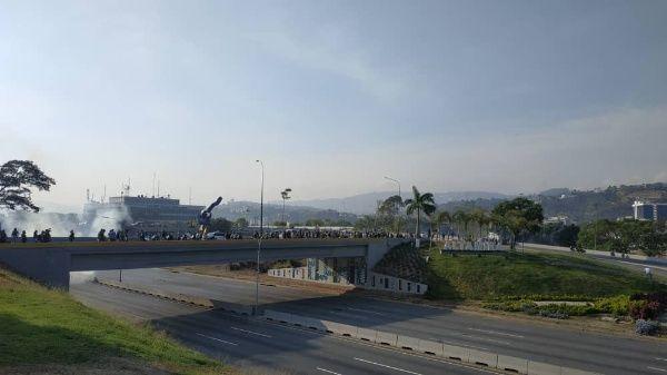 Gobierno desmiente toma de Base Aérea La Carlota por intento de golpe en Venezuela