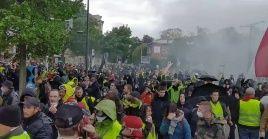 Los manifestantes continúan en la lucha por sus reivindicaciones sociales.