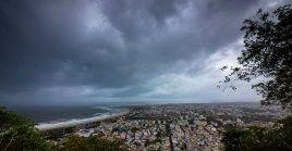 El ciclón Fani tocará tierra con vientos cercanos a los 200 kilómetros por hora.