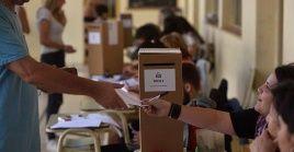 Más de dos millones de personas están llamadas a participar en las elecciones de Córdoba.