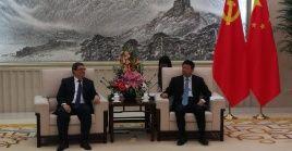 En su estancia en el país asiático, Rodríguez se reunió conSong Tao, Jefe de Departamento Internacional del Comité Central del Partido Comunista chino.