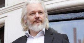 Sobre Assange podrían pesar dos pedidos de extradición.