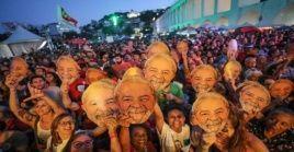 Milies de brasileños demandan la libertad del expresidente Lula da Silva.