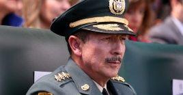 El cuestionado jefe del Ejército de Colombia espera su ascenso a general de cuatro soles.