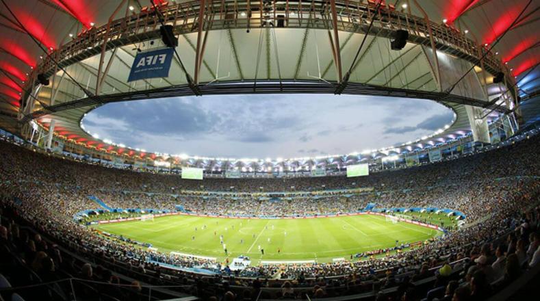 El Estadio Maracanã fue inaugurado en 1950 y ha sido sede de grandes acontecimientos como la Copa Confederaciones de 2013 y el Mundial de 2014.