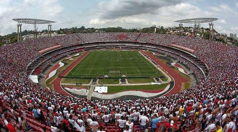 Como dato particular, la mayor asistencia registrada en el Morumbí no fue para un partido de fútbol. Fue en 1985, cuando concurrieron 163.000 personas para un congreso internacional de Testigos de Jehová.