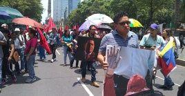 Los manifestantes piden el cese de políticas criminales que afectan el bienestar social de la población venezolana