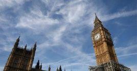 El excanciller, Boris Johnson, y el actual ministro de Exteriores, Jeremy Hunt, son los mejores posicionados.