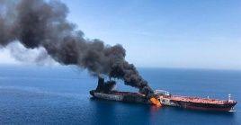 Como prueba incrminatoria, Pompeo publicó un video en el que supuestamente se observan a militares iraníes retirando una mina sin explotar del casco de uno de los petroleros del golfo de Omán.