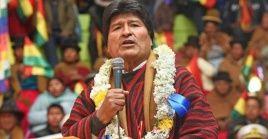 Morales instó a los participantes a pensar en las nuevas generaciones y a profundizar el crecimiento económico del país.