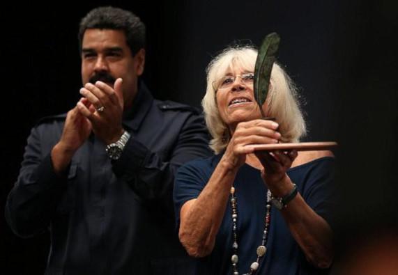 Pueblos: Marta Harnecker Por Orestes Martí