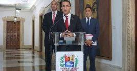 """El canciller resaltó que el modelo de DD.HH. de Venezuela """"es antineoliberal, antiprivatizador y poner por encima siempre al ser humano""""."""
