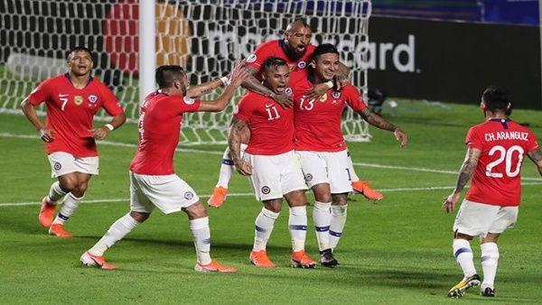 Chile intenta vencer a Ecuador para avanzar en la Copa América