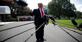 Trump aseguró que los errores en su discurso se debieron a que el telepromter se apagó.