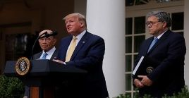 Trump indicó que esta analizando medidas para obtener un conteo preciso de ciudadanos y no ciudadanos.