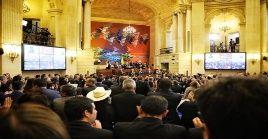 El discurso del mandatario colombiano recibió el rechazo de diversos congresistas de oposición.