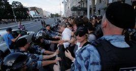 Alrededor de 3.500 manifestantes salieron a las calles en Moscú este sábado.