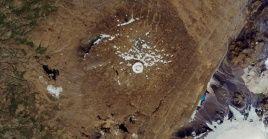 La NASA presentó fotografías para mostrar la desaparición del glaciar Okjökull en Islandia.