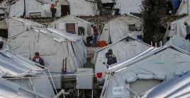 Grecia vive una crisis migratoria y cuenta con más de 16.000 personas varadas en campamentos para migrantes en las islas del país.