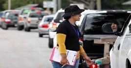 Miles de estadounidenses inician la evacuación ante llegada del huracán Dorian.