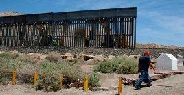 El dinero para avanzar en la construcción del muro fronterizo entre México y Estados Unidos sale de las arcas del Departamento de Defensa de ese país.