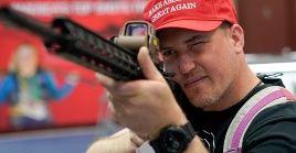 El documento contempla que la NRA promueve la posesión de armas e incita a los propietarios a actos de violencia.