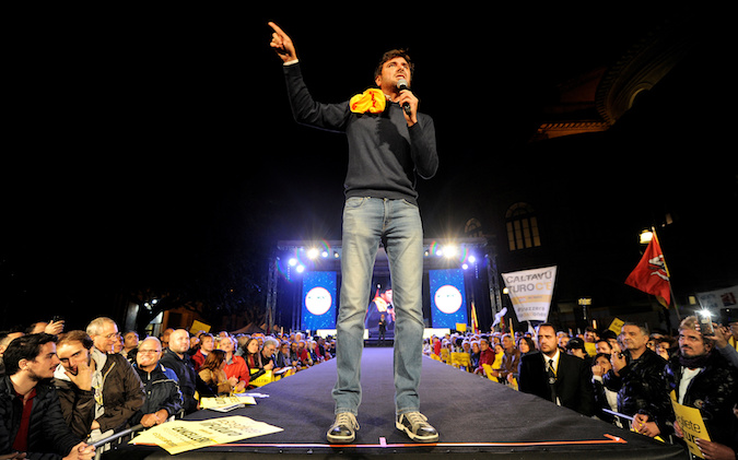 5-Star movement Alessandro Di Battista speaks during the final rally for the regional election in Palermo, Italy, November 3, 2017