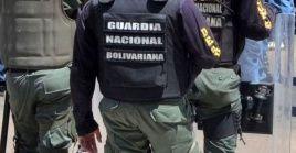 """Entre los fallecidos está el principal administrador de la organización paramilitar, Germán Chacón Guerrero """"El Ruso""""."""