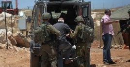 La Policía de Israel apresó a un total de 17 palestinos entre las zonas de Jerusalén y Cisjordania.