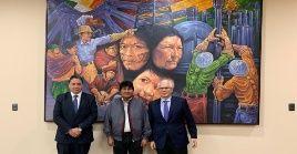 El jurista español exhortó a mantener los avances alcanzados hasta el momento bajo la gestión del presidente Evo Morales.