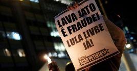 La petición de establecer prisión semiabierta o domiciliaria para Lula fue respaldada por 15 fiscales de la Operación Lava Jato.