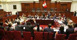 Huilca Flores insta a sus colegas no extralimitarse en sus funciones y respetar la Constitución Política del país.