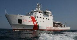 Según los reportes presentados, había ocho niños a bordo de la embarcación en las costas de Lampedusa.