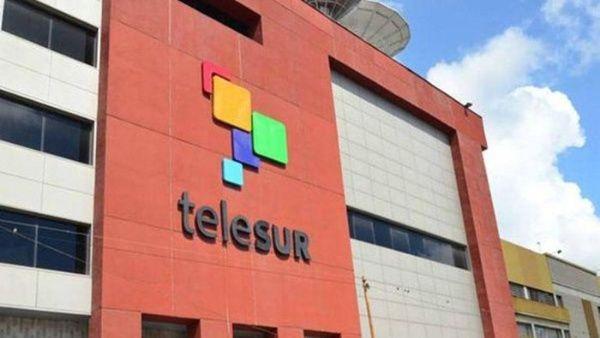 Ecuador saca del aire a TeleSUR