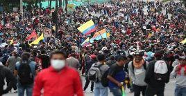 Miles de ecuatorianos protestan contra las política económica de Lenín Moreno.