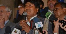 Evo Morales dijo estar confiado en el voto de las zonas rurales, que aún falta por escrutar y representa el 17 por ciento del total de votos, regiones en las que el actual mandatario ha sido históricamente apoyado.