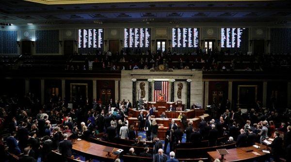 Congreso de EE.UU. aprueba normas sobre juicio político a Trump